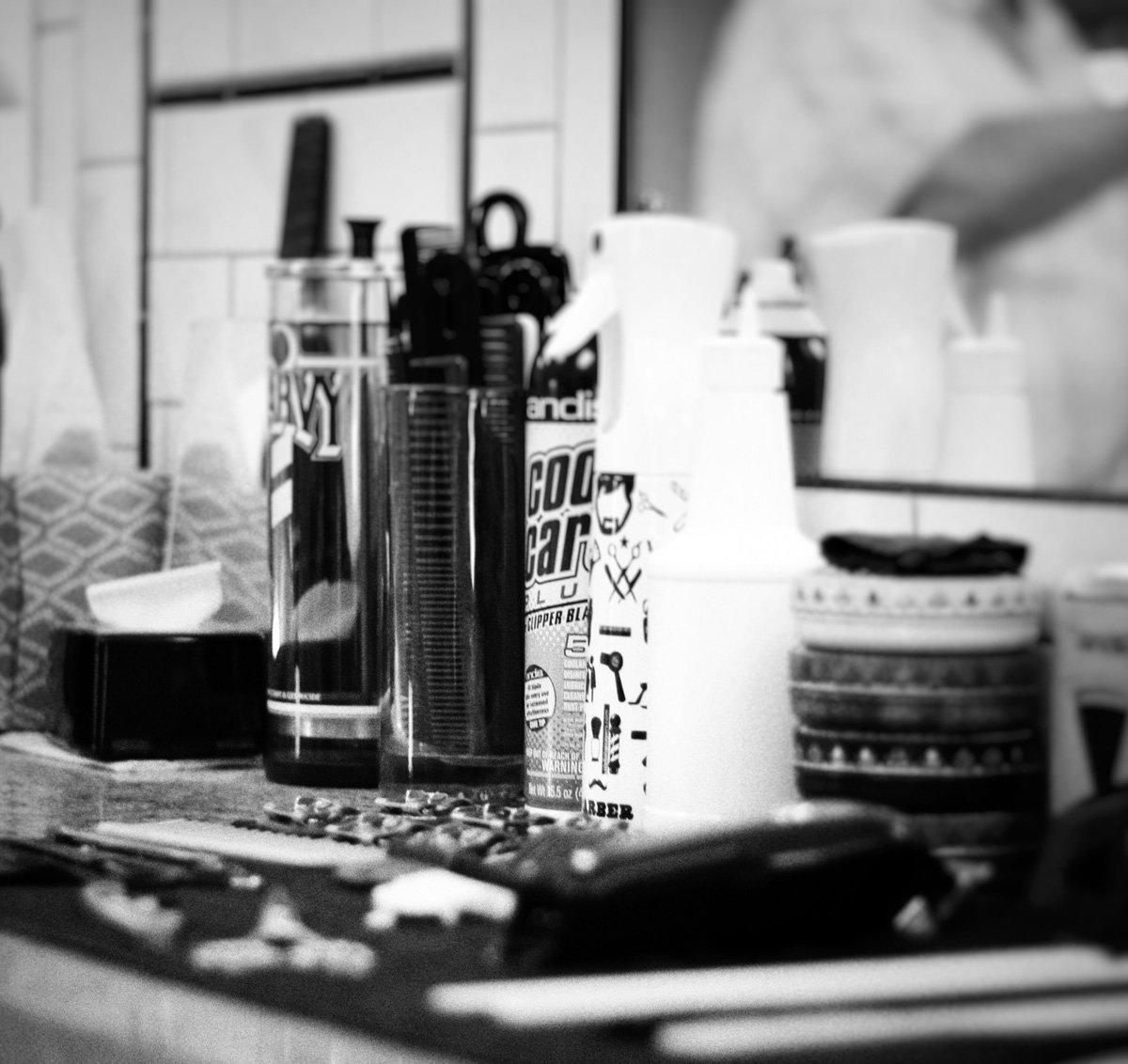 gent's classic barbershop menomonee falls wisconsin counter tools and product hairspray gel