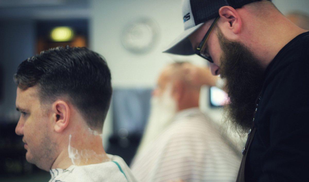 gent's classic barbershop menomonee falls wisconsin will straight razor shave
