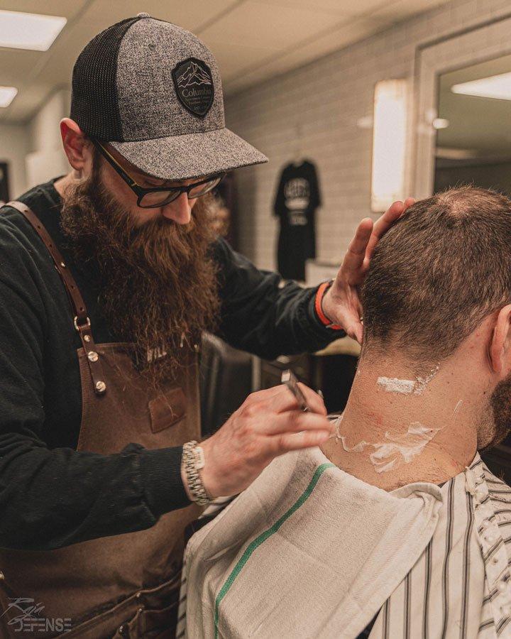 will focusing on shaving mens neck at gents